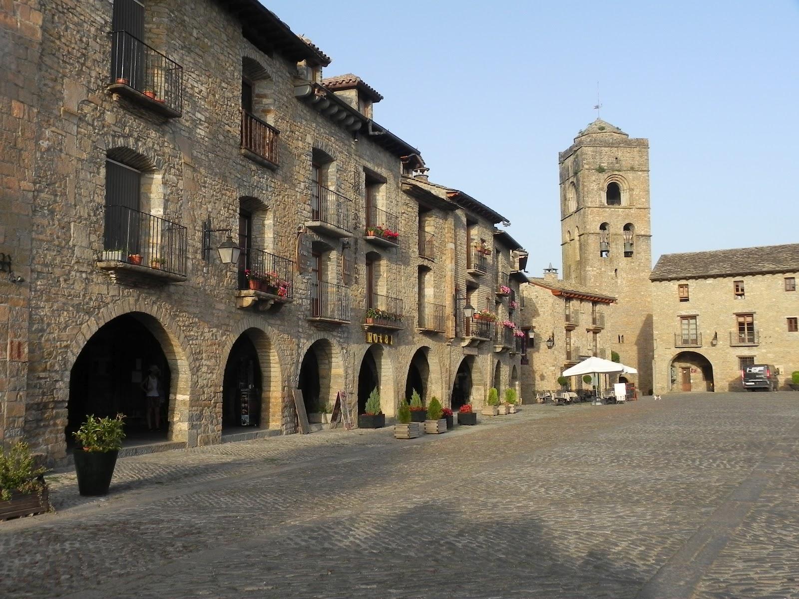 Plaza de Ainsa