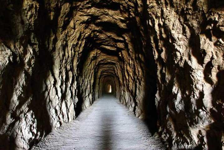Túnel del camino