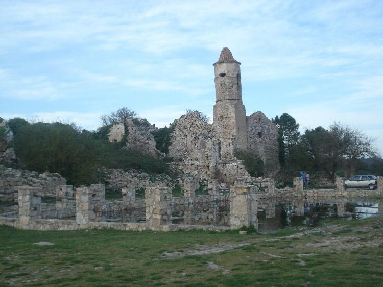 Pueblo abandonado de la Mussara